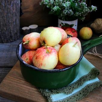 Jardin d'été pommes à la menthe