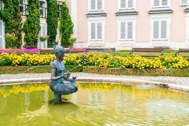 Jardin mirabell dans la ville de salzbourg