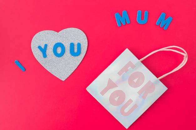 Je t'aime inscription maman avec sac en papier