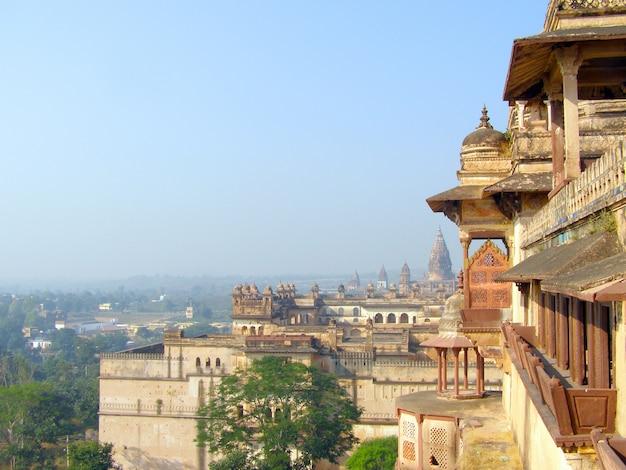 Jehangir mahal à orchha, madhya pradesh, inde. orchha ou urchha fort.