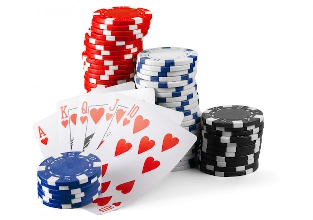Jetons de casino isolés sur blanc