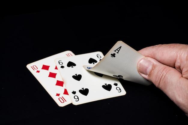 Jeu de blackjack, main gagnante 17.
