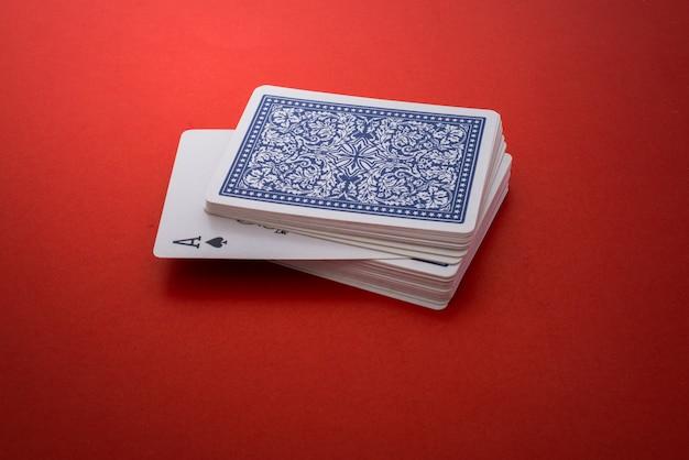 Jeu de cartes isolé