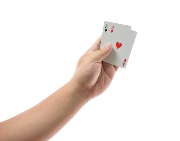 Jeu de cartes en main isolé sur blanc