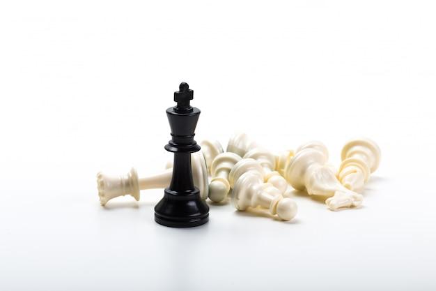 Jeu d'échecs ou pièces d'échecs à surface blanche