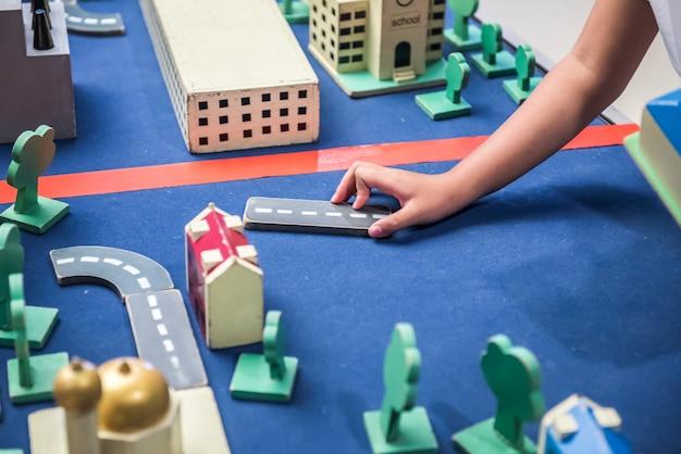 Jeu pour l'immobilier, l'apprentissage et l'éducation des enfants