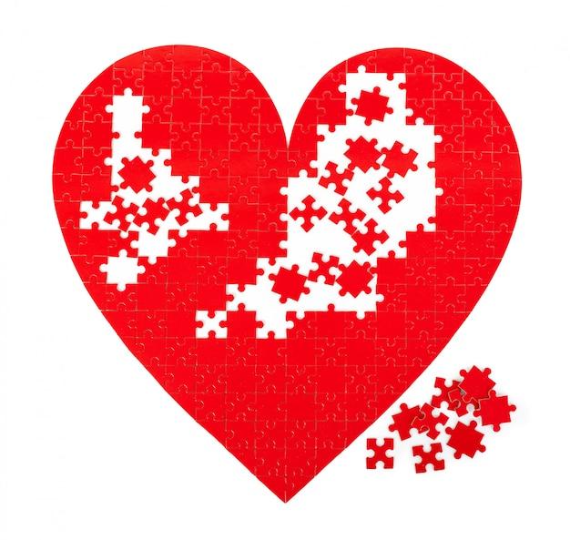 Jeu de puzzle coeur rouge