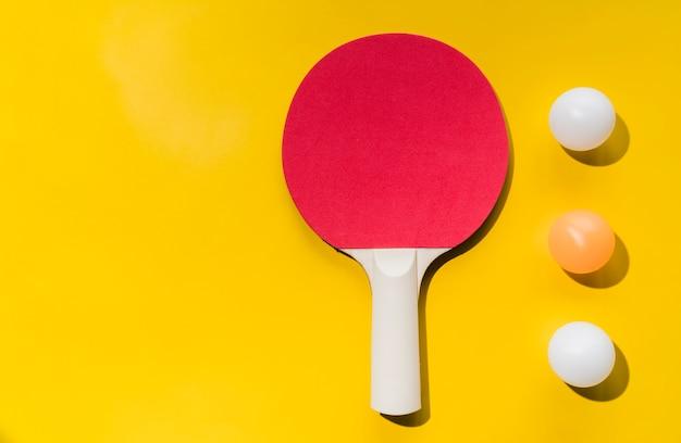 Jeu de raquettes et balles de tennis de table