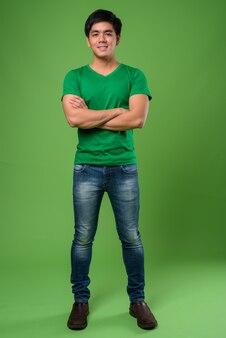 Jeune bel homme philippin