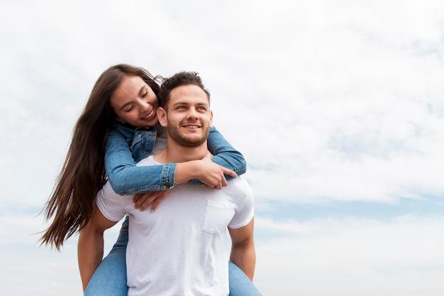 Jeune couple, dans, nature