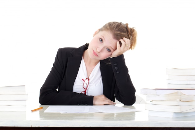Jeune étudiante stressée