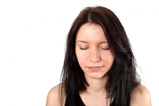 Jeune femme brune
