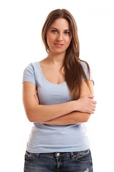 Jeune femme caucasienne heureuse isolée