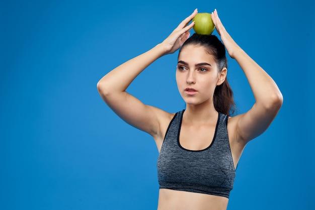 Jeune femme, faire, sport