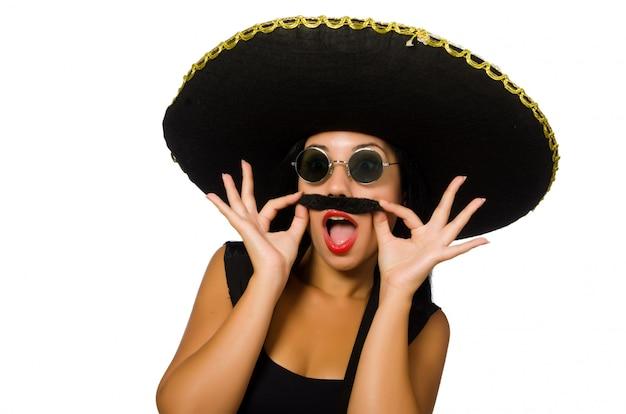 Jeune femme mexicaine portant sombrero isolé sur blanc