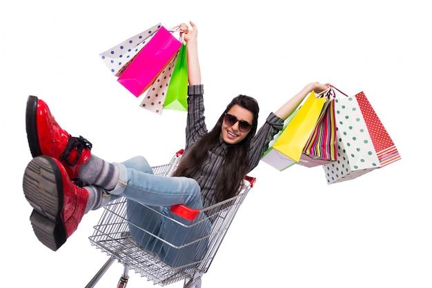 Jeune femme plus heureuse après le shopping isolé sur blanc