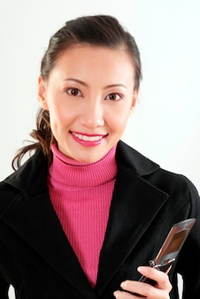 Jeune femme, tenue, téléphone portable, portrait