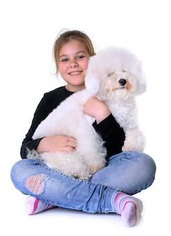 Jeune fille et chien