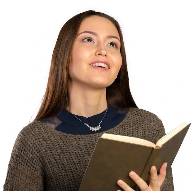 Jeune fille avec livre