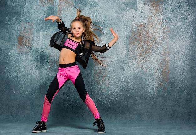 Jeune, girl, coupure, danse, mur