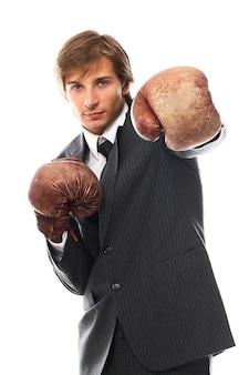 Jeune, homme affaires, boxe, gants