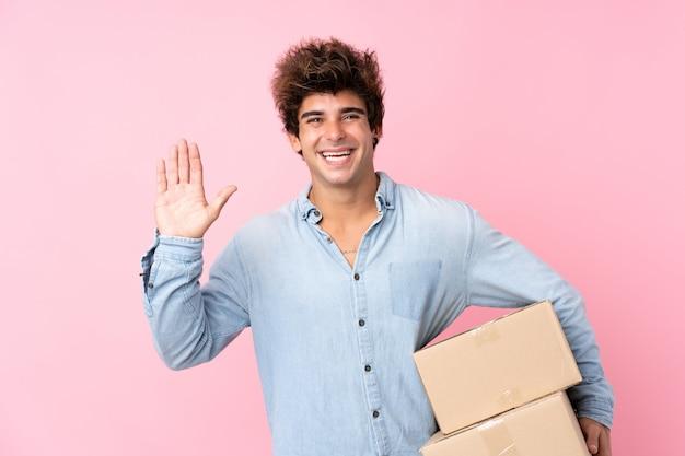 Jeune homme, à, chemise bleue, à, paquets