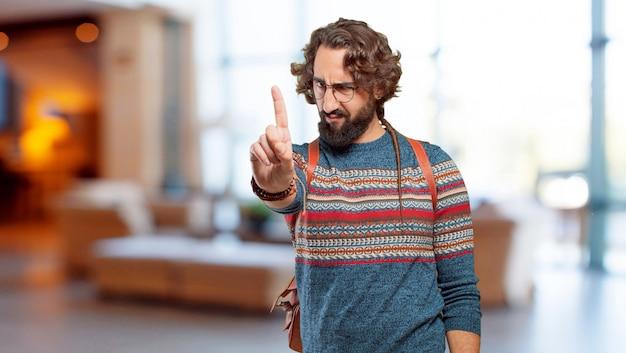 Jeune homme hippie expression fâchée