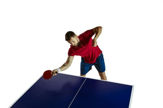 Jeune homme, jouer, tennis table