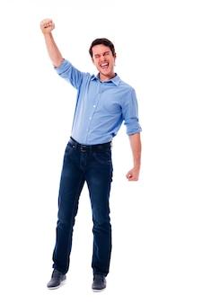 Jeune homme et signe de la victoire