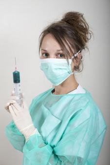 Jeune infirmière