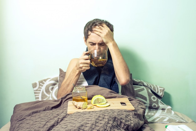 Jeune, mensonge, lit, malade, rhume, grippe