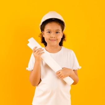Jeune, ouvrier construction, tenue, projet