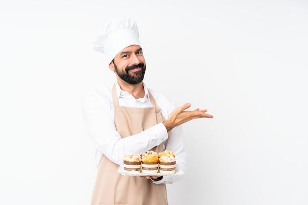 Jeune, tenue, muffin, gâteau, présentation, idée, quoique, regarder ...