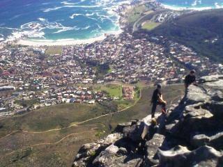 Jeunes alpinistes à table mountain