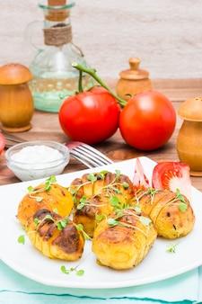 Jeunes pommes de terre au four aux épices et huile de roquette