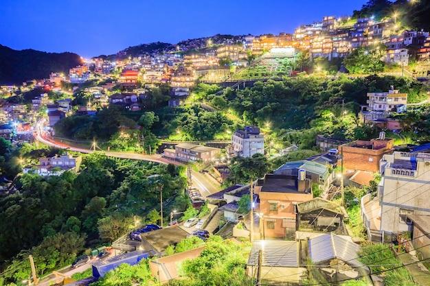Jiufen village un village de montagne à taipei qui est célèbre pour les maisons de thé à taipei, taiwa