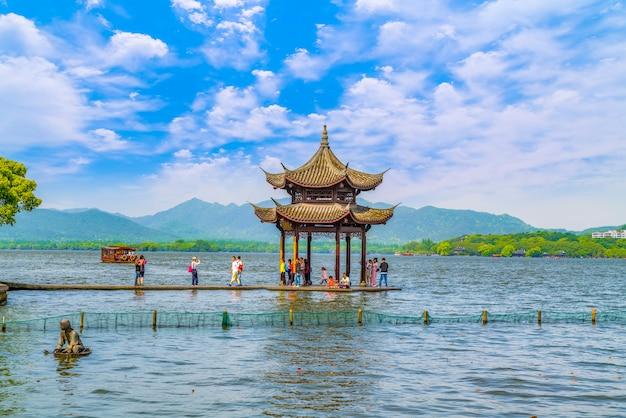 Jixian pavilion, lac de l'ouest, hangzhou