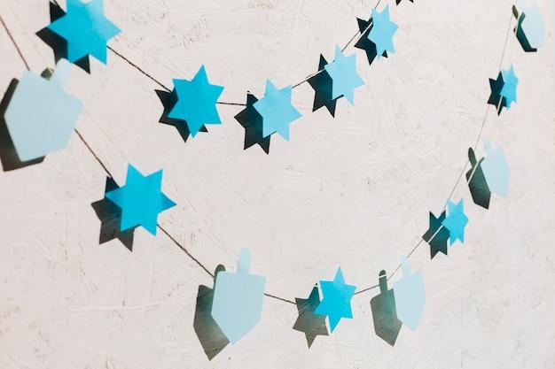 Jolie collection d'étoiles et de dreidel