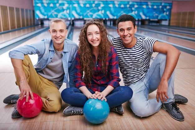 Jouer balle sport jeune compétitivité