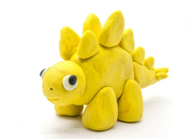 Jouer la pâte stegosaurus sur fond blanc