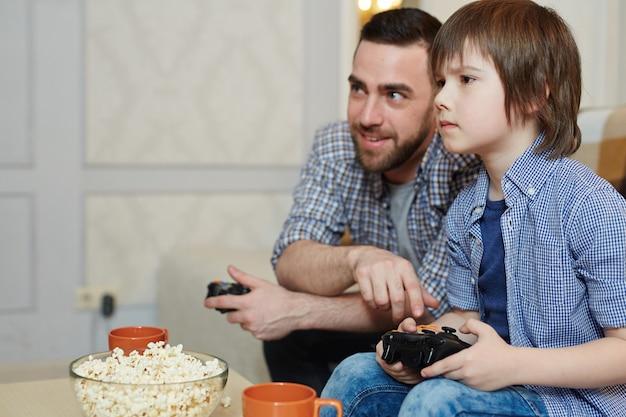 Jouer avec son fils