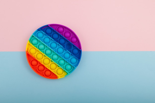 Jouet anti-stress sensoriel coloré push pop bubble de forme ronde fossette simple