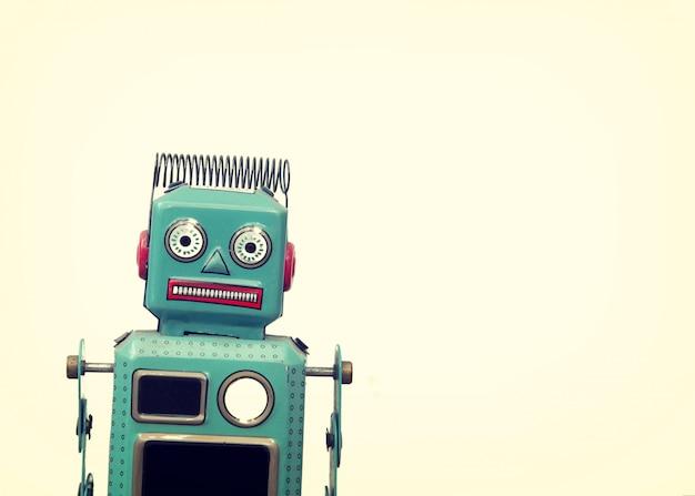 Jouet robot vintage - style rétro
