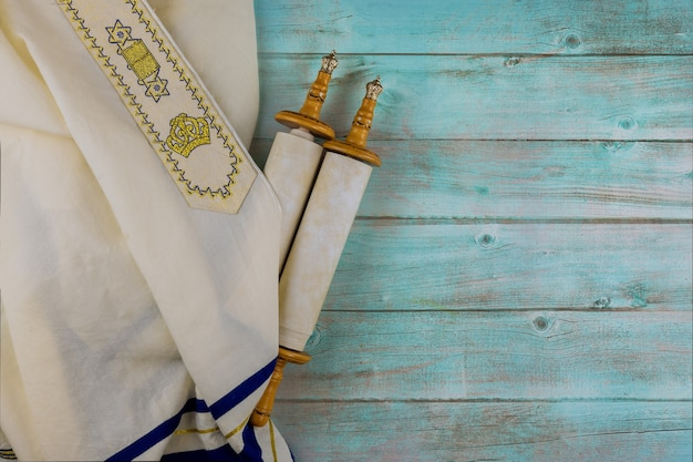 Jour des fêtes juives symboles châle de prière talit