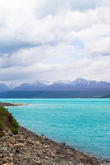 Un jour de pluie au lac pukaki ile sud nouvelle zelande