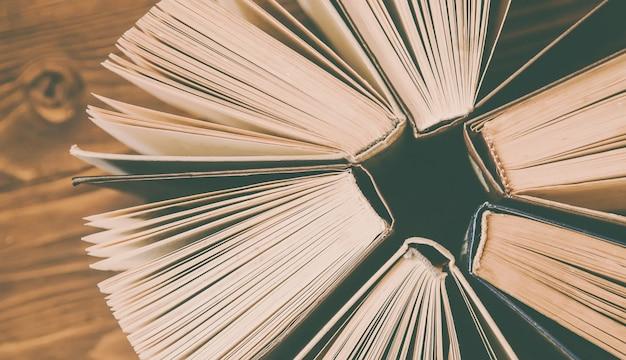 Journée mondiale du livre. fond du livre. mise au point sélective.