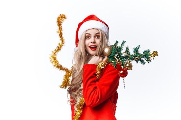 Joyeuse femme habillée en père noël décorations de jouets d'arbre de noël noël