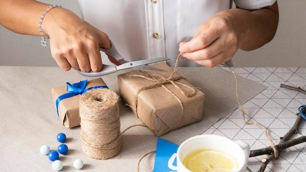 Joyeuses fêtes de hanoukka créer un concept de cadeau
