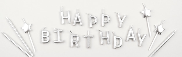 Joyeux anniversaire bougies plat poser