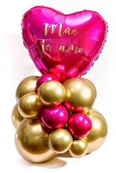Joyeux cadeau de fête des mères. ballon écrit